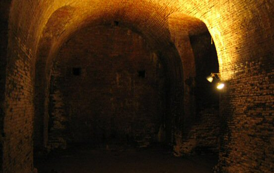 Chamber beneath Carolus Rex