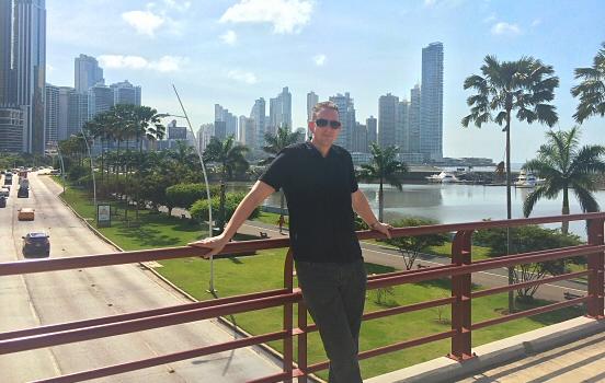 Reine in Panama city